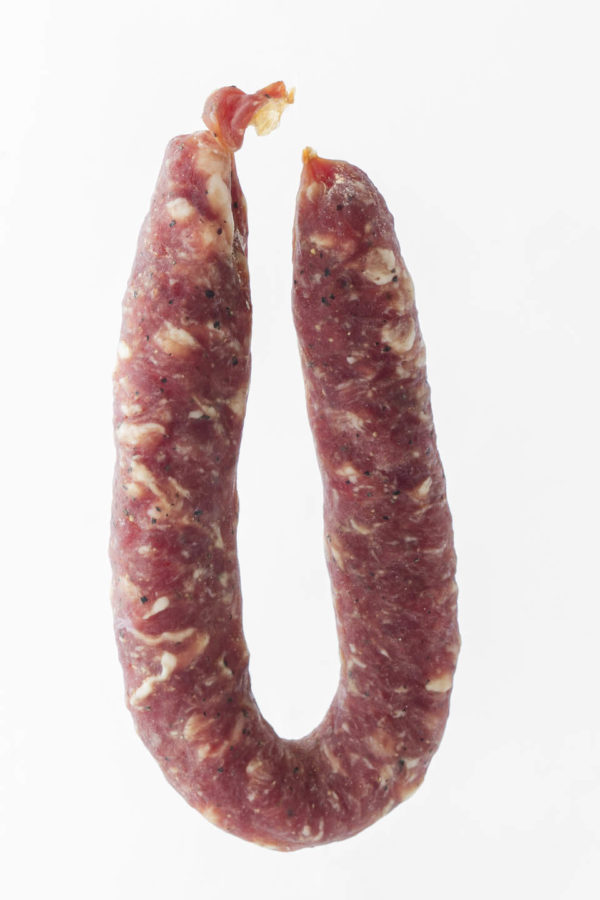 Salsiccia stagionata di puro suino, prodotta in Gallura, foto insaccato